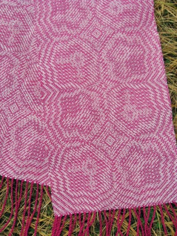 Magenta Scarf (designed using network drafting)